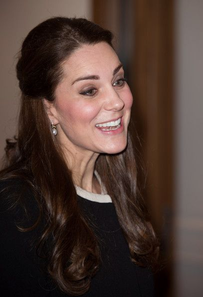 Kate Middleton Photos: The Duchess Of Cambridge Attends Lunch At The British Consul General's Residence