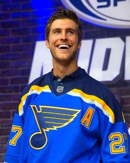 cheap for discount b9446 85c55 Alex Pietrangelo / St. Louis Blues--Now Captain! <3 | Mmm ...