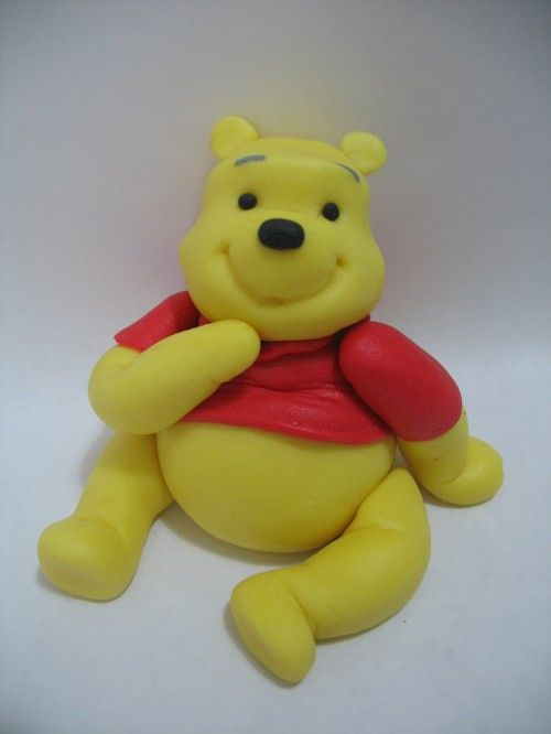 Come realizzare winnie the pooh in pasta di zucchero tutorial kindertorten - Winnie pooh deko ...