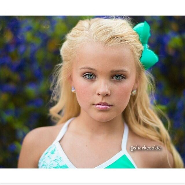Jojo had a sharkcookie shoot i 39 m sorta excited to see for See more pics