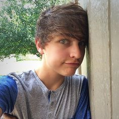 any one else love Colby Brock as much as i do