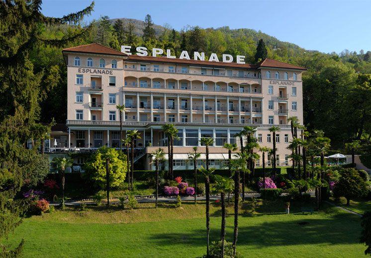 Domenica 17 agosto 2014 dalle ore 18.00 alle 21.00 - Long Drinks e Cocktails speciali a base di assenzio in ambiente vintage e lounge anni 20 a bordo piscina - info@esplanade.ch www.esplanade.ch
