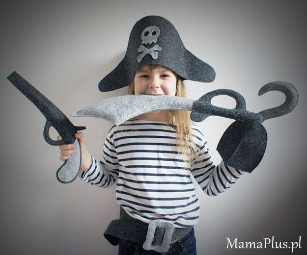 e9e85e32f8 Filcowy kostium Pirat Pan Pepe w MamaPlus.pl