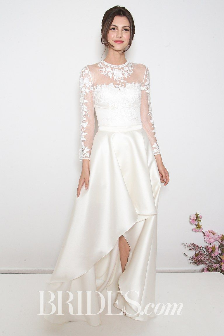 19 High Low Wedding Dresses We Love Popular Wedding Dresses Wedding Dresses High Low Petite Wedding Dress [ 1151 x 767 Pixel ]