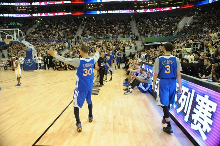 Warriors Practice, Fan Appreciation Day and More in