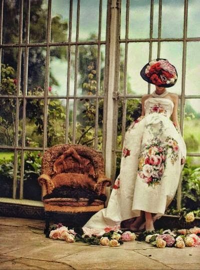 Roberta...Charme and More: Garden Party: a touch of romance   http://goo.gl/jJclBm