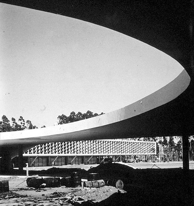 Niemeyer - Marquise do Ibirapuera, São Paulo (1951)