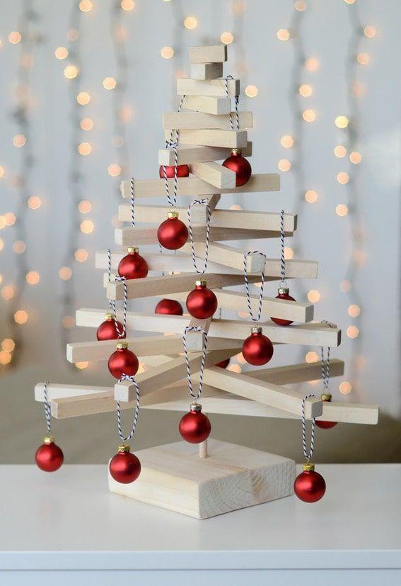 Un tutorial per realizzare un albero natalizio in legno l for Casa moderna natale