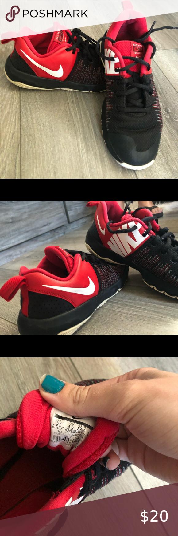 Used Kids Nike Shoes (5Y) in 2020