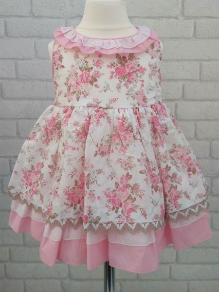 4c74ccb0b574 Rosa Bella is a Spanish Baby Clothes website