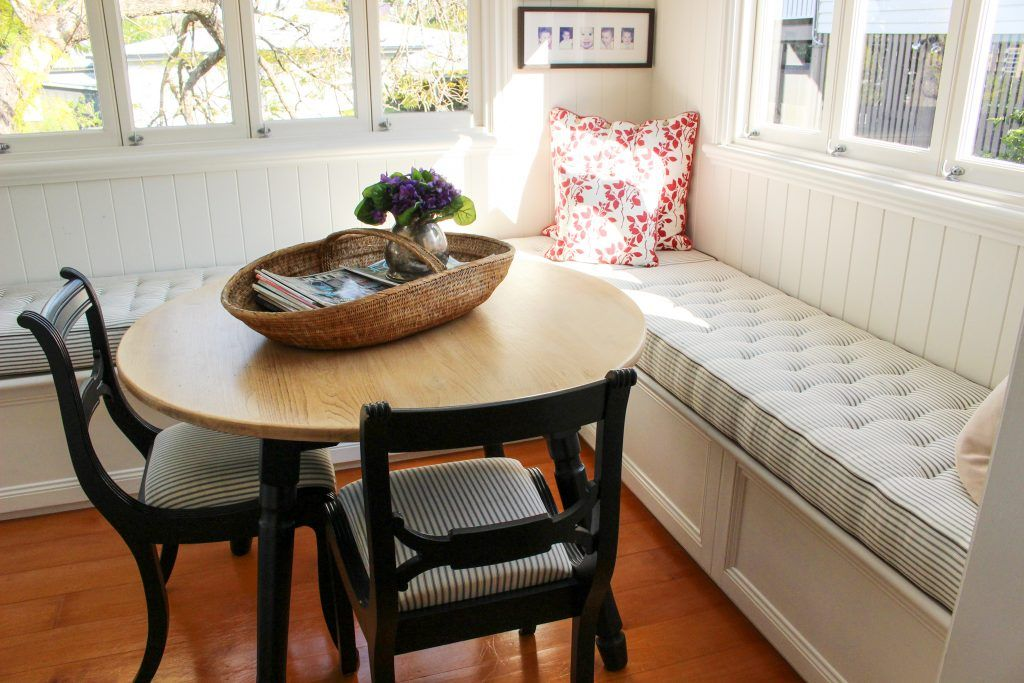 My Breakfast Room Make Over Using B T Chalk Paint In 2020 Breakfast Room Chalk Furniture Family Dining