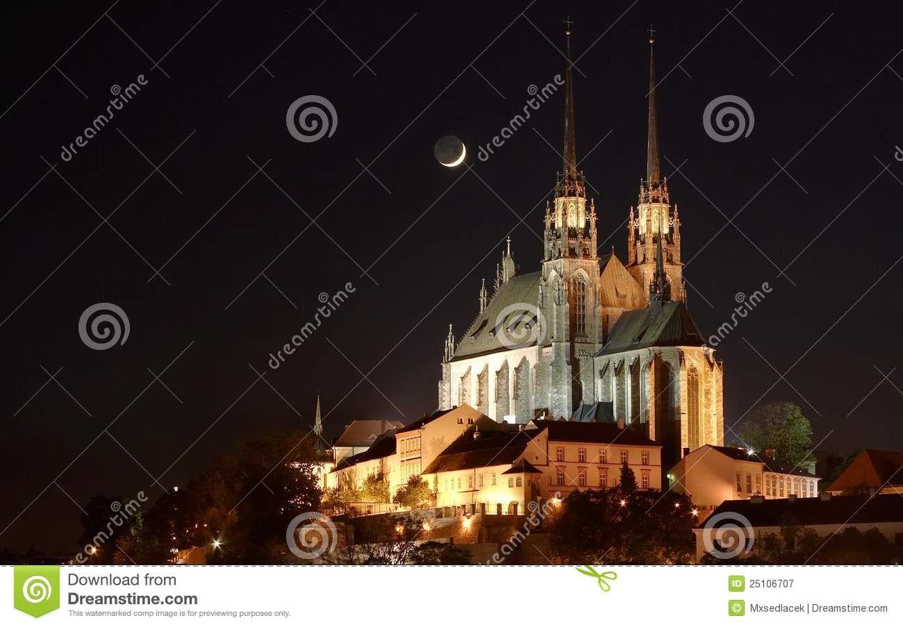 Catedral De San Pablo En Brno - Descarga De Over 44 Millones de fotos de alta calidad e imágenes Vectores% ee%. Inscríbete GRATIS hoy. Imagen: 25106707