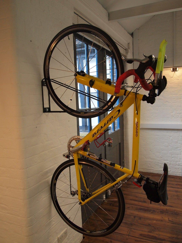 Merveilleux Vertical Bike Rack | The Bike Storage Company