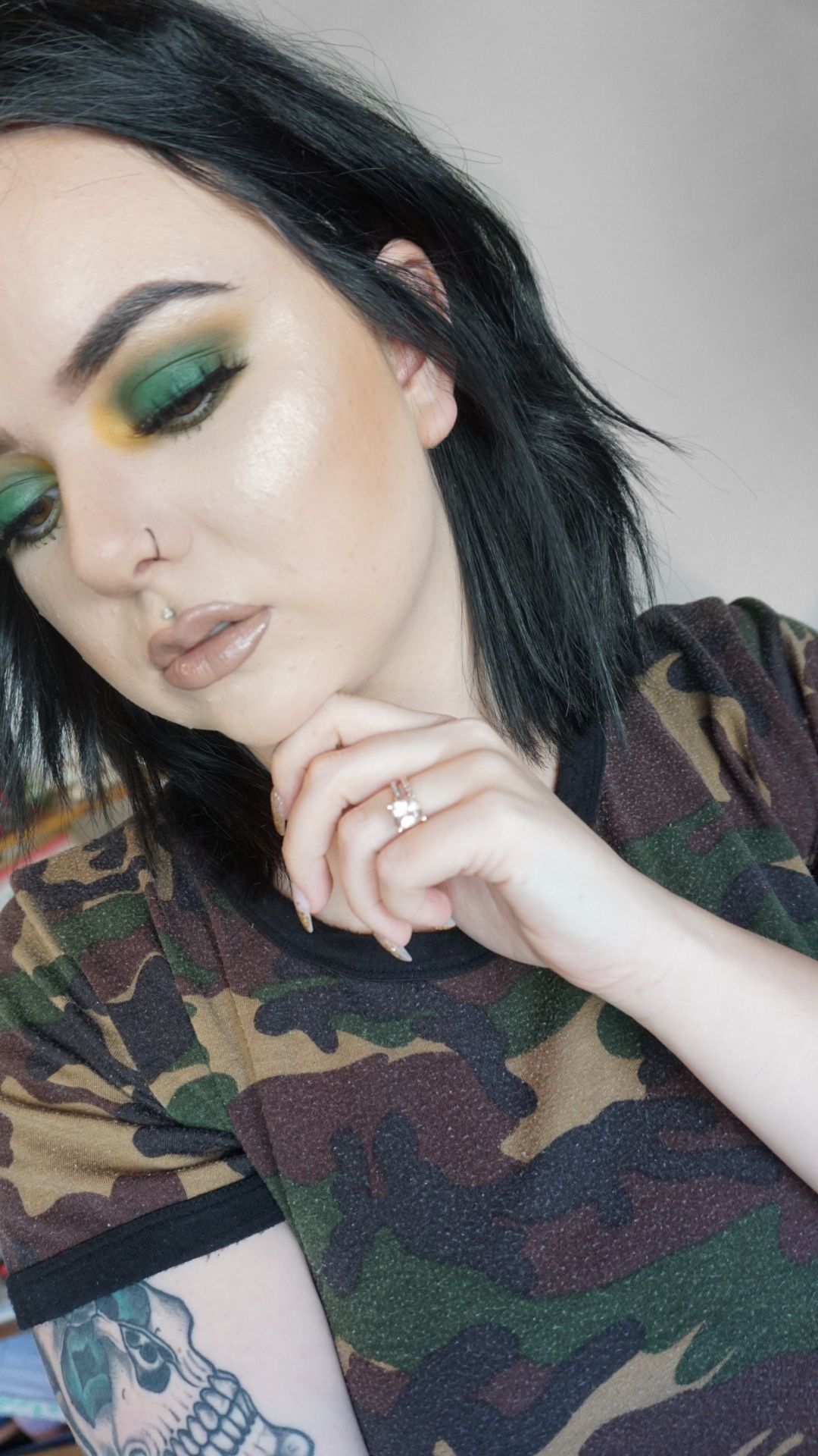JH X Morphe Armed & palette makeup look with the