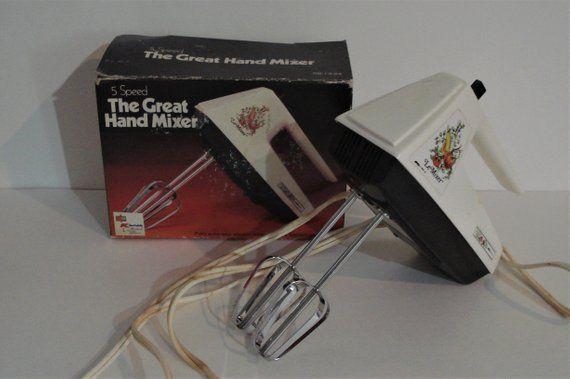 Vintage KMART LE MIXER 5 Speed Electric Hand Mixer