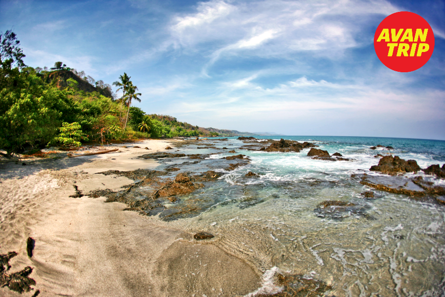 www.avantrip.com -  En #CostaRica vas a poder disfrutar de paradisíacas playas tanto en su deslumbrante costa caribeña como las magníficas aguas del Pacífico!