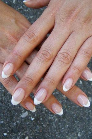 Photo of Medina's nails made at Manja in Copenhagen. www.manja.dk