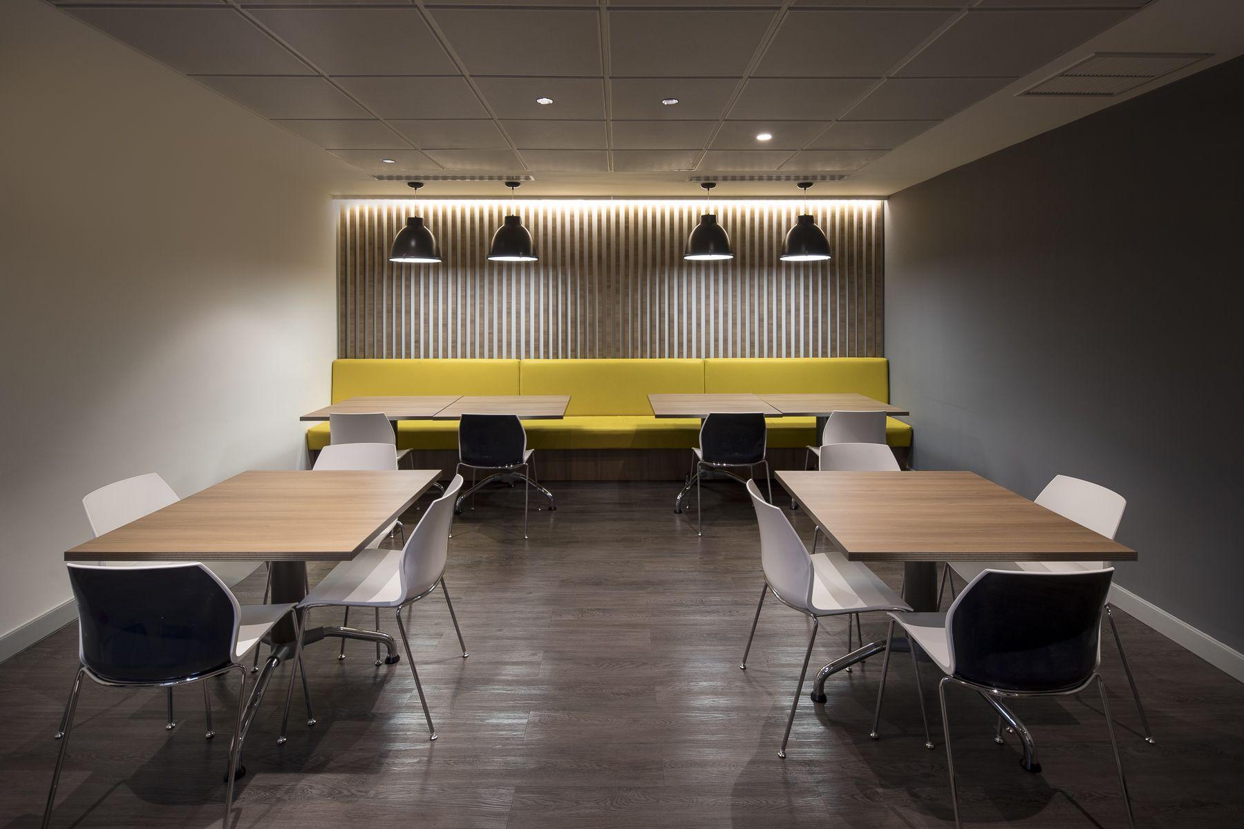 Recepci N De Amarilo Panam Dise O Arquitectura E Interiores  # Muebles Vazquez Atrezzo