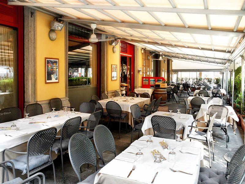 Dehor estivo pizzeria e ristorante in centro a bergamo