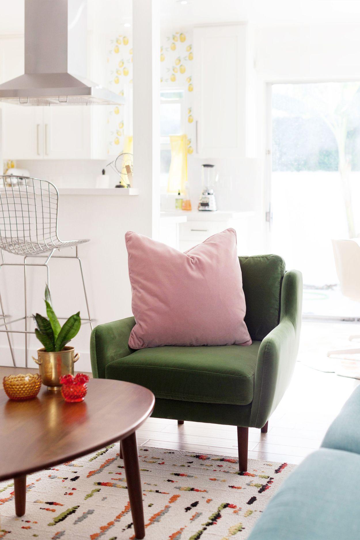 Modern Walnut Living Room Furniture: Green Velvet Chair In Walnut Wood Legs