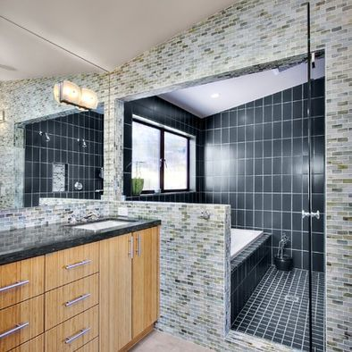 Shower And Tub Enclosed Together Design Pictures Remodel Decor And Ideas Page 2 Tub Shower Combo Shower Tub Shower Tub Combination