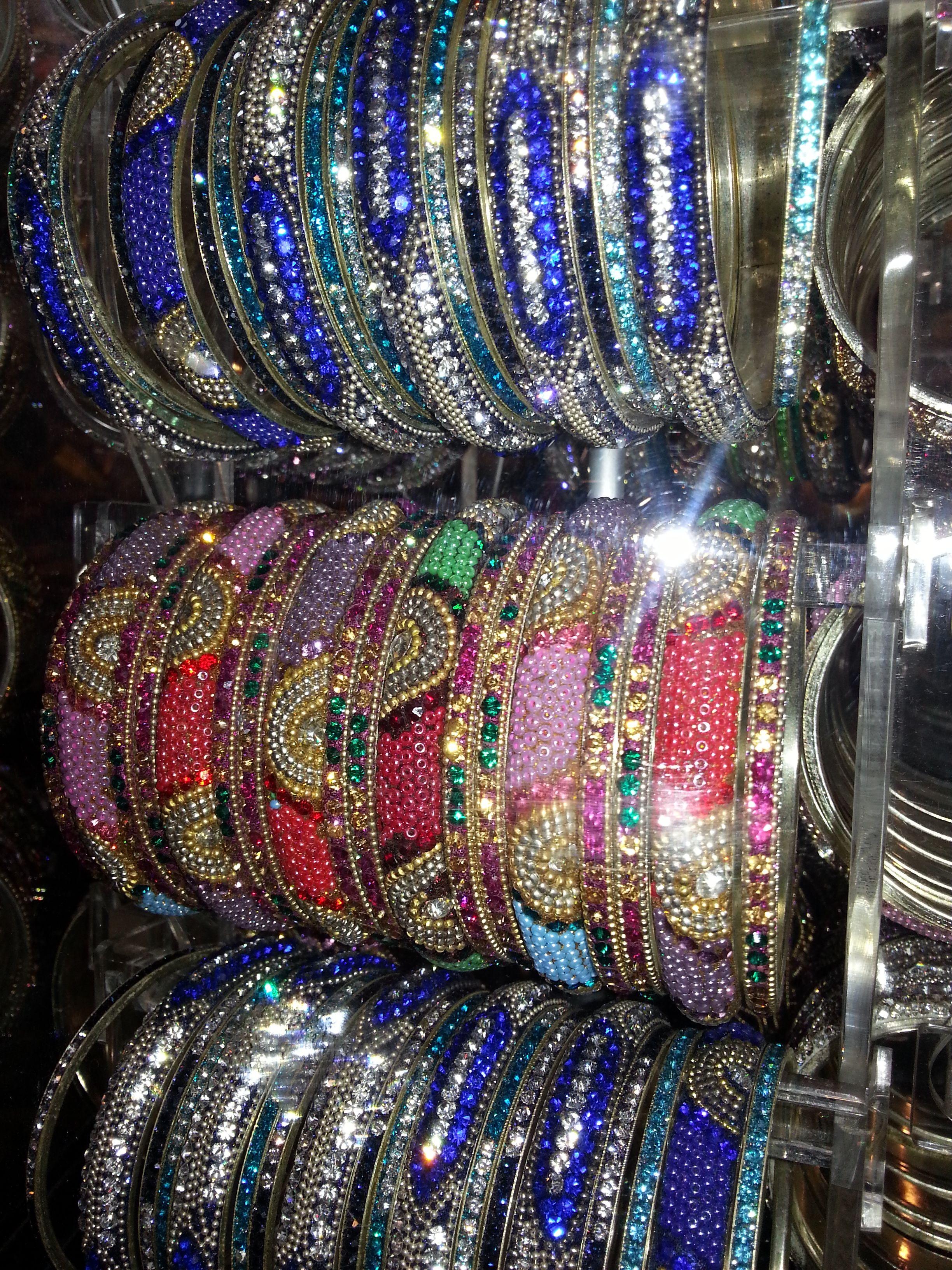 merveilleux bracelets indiens bollywood color s et. Black Bedroom Furniture Sets. Home Design Ideas