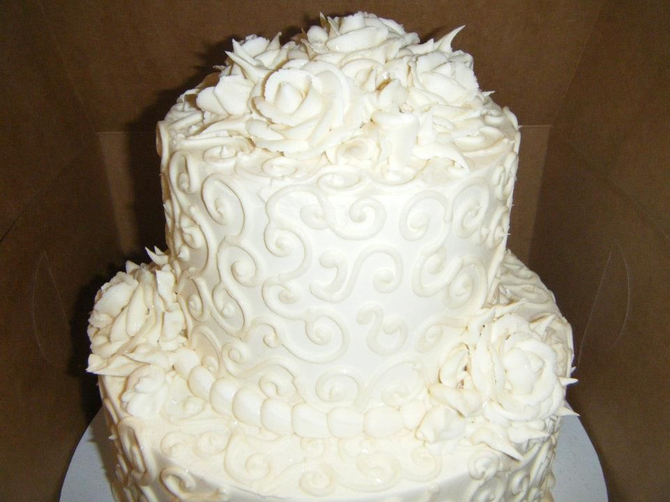 White Roses Tiered Cake
