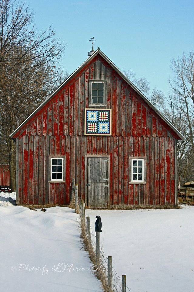 Old Red Snowy Barn Country Living House For Singles