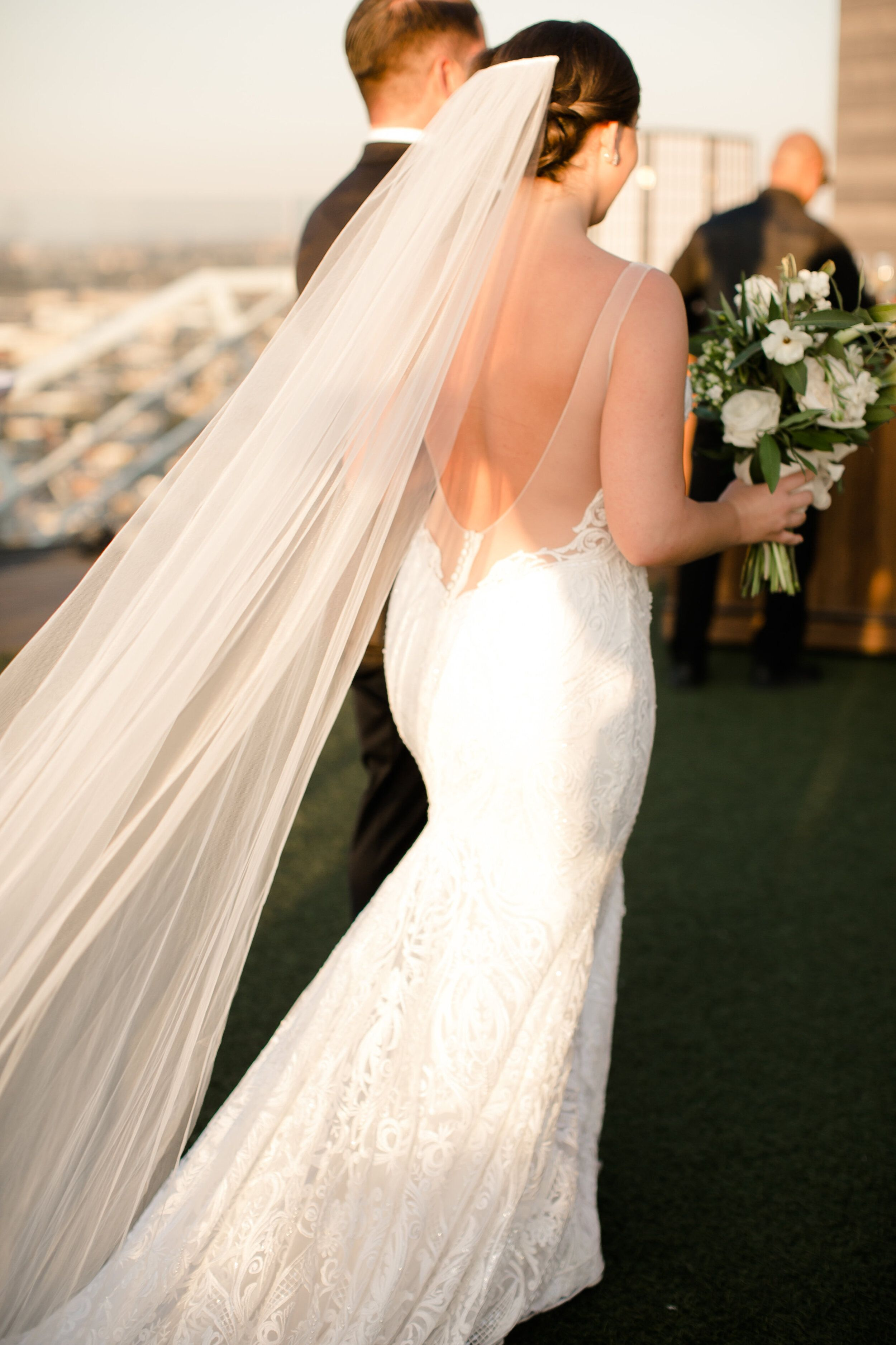 William Vale Rooftop Brooklyn Fall Wedding In 2020 Plain Wedding Dress Wedding Wedding Dresses Lace