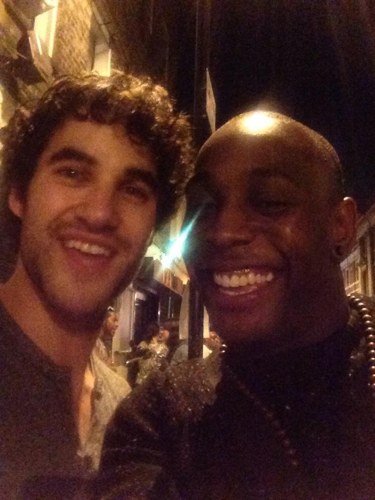 Duggie_Dugz: @DarrenCriss mr u are a star!!!