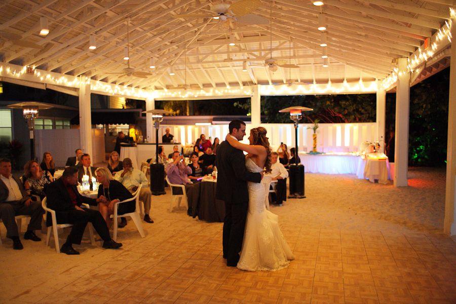 The Sanbar On Anna Maria Island Nice Quaint Wedding Venue Beach Great