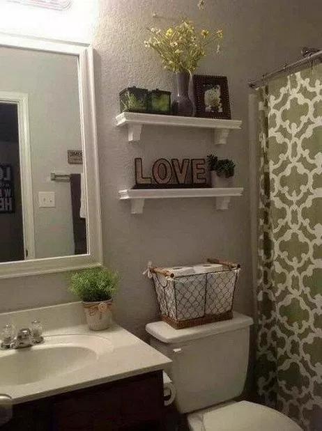 60 Cheap and Easy DIY Bathroom Decor Ideas