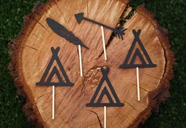 Teepee, feather and arrow cupcake toppers $11.95 for a pack of 12