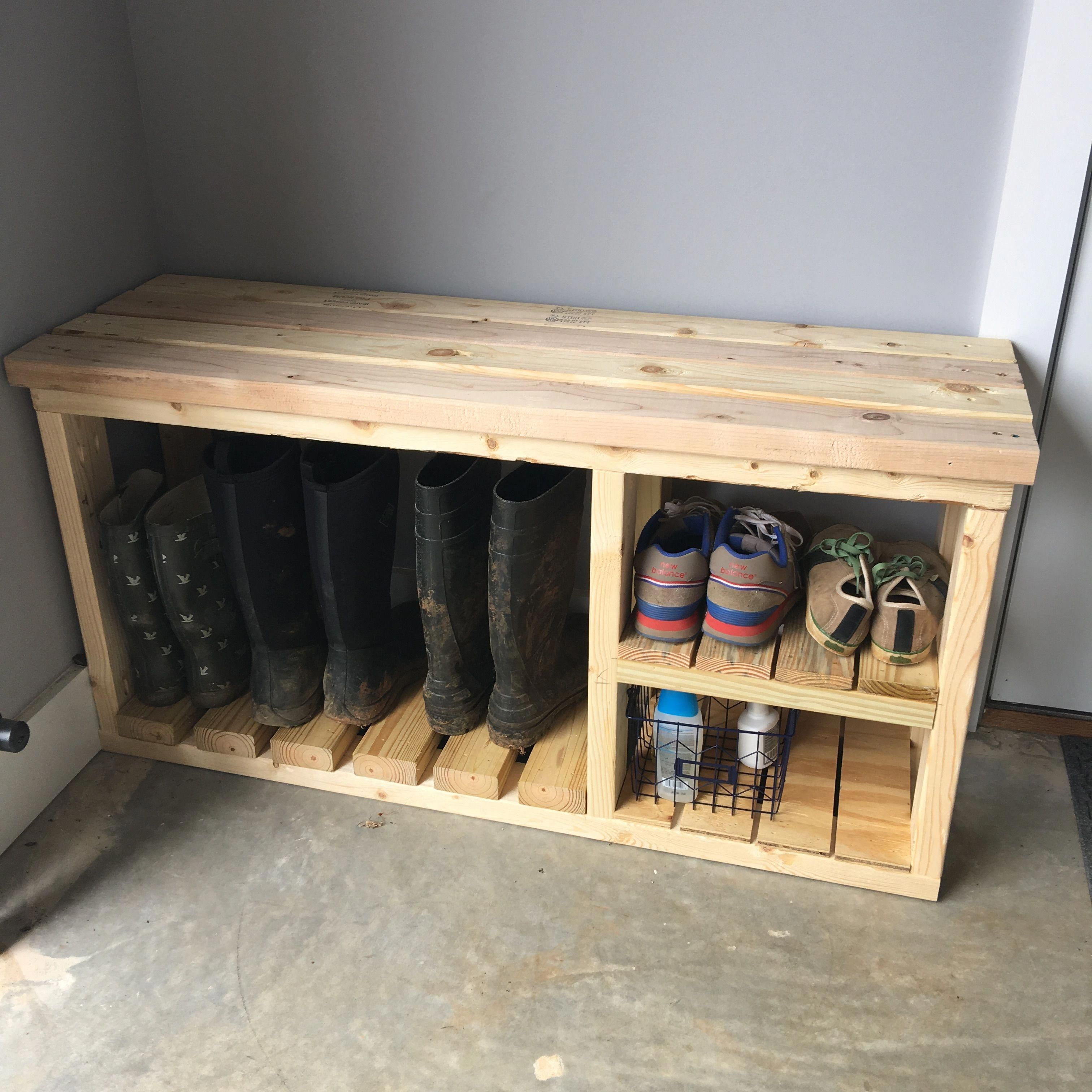 Wooden Shoe Rack With Table Top And Space For Boots Boots Rack Shoe Space Table Top Woo In 2020 Diy Schuhaufbewahrung Holzschuhregal Bank Mit Schuhaufbewahrung