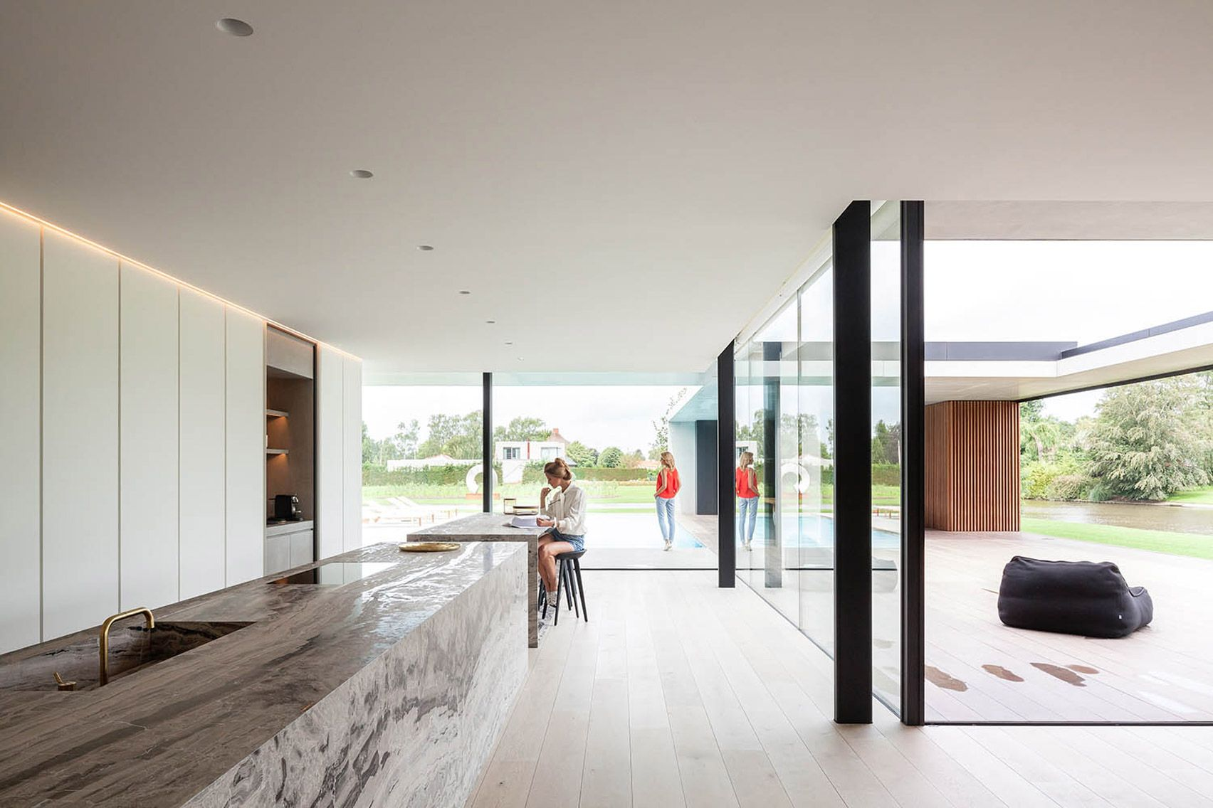 The bachelor pad govaert & vanhoutte architects droomhuizen