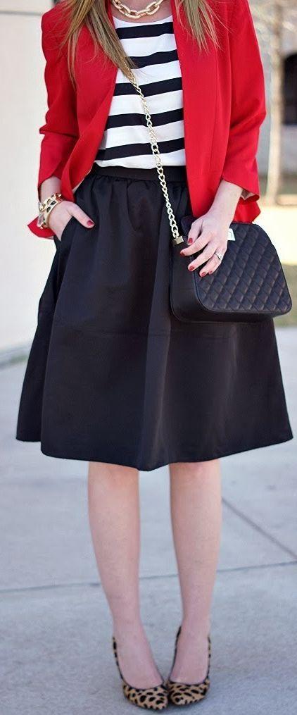 White t shirt and leo skirt | Stil inspiration, Modetrender
