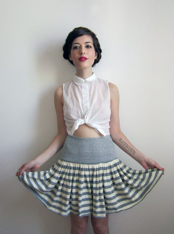 okay this one is actually hurrendous. But I have a version of this skirt in mind...