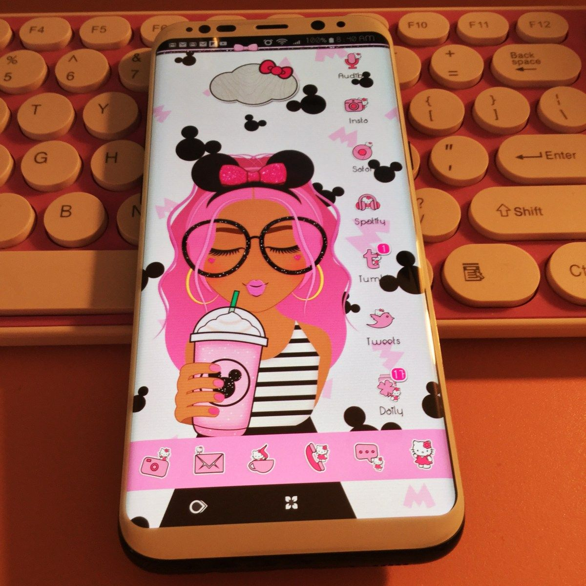Peekaboo Hello Kitty Icons on My Android Phone Android