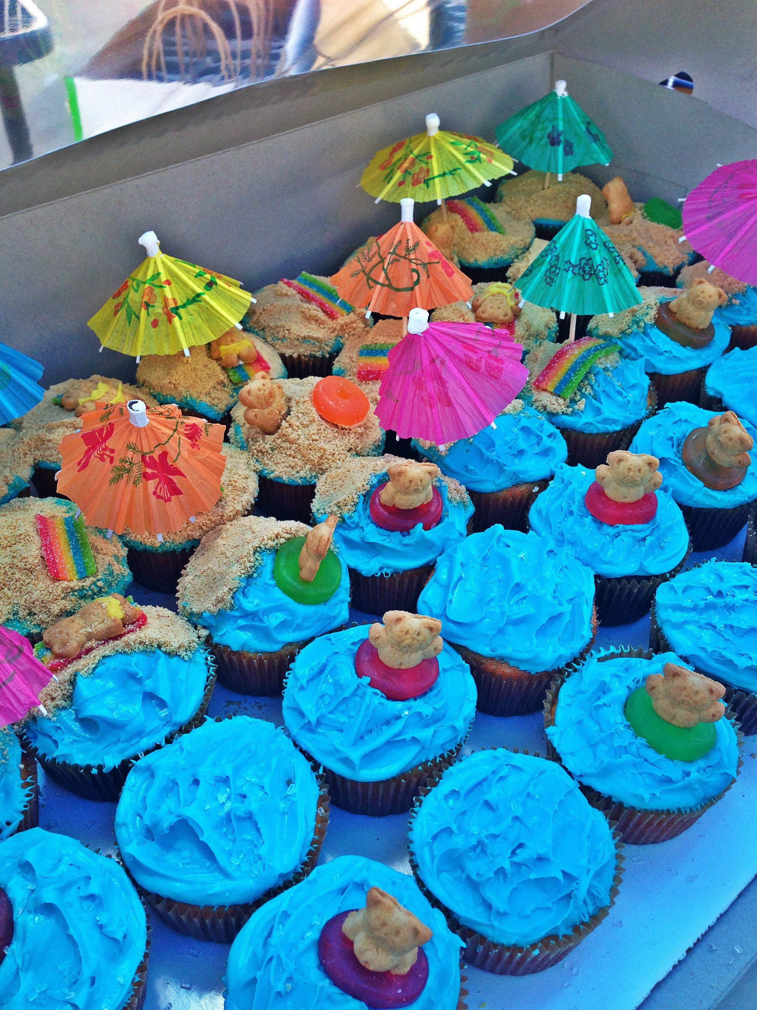Beach Cupcakes Beach Theme Cupcakes Beach Cupcakes Themed Cupcakes