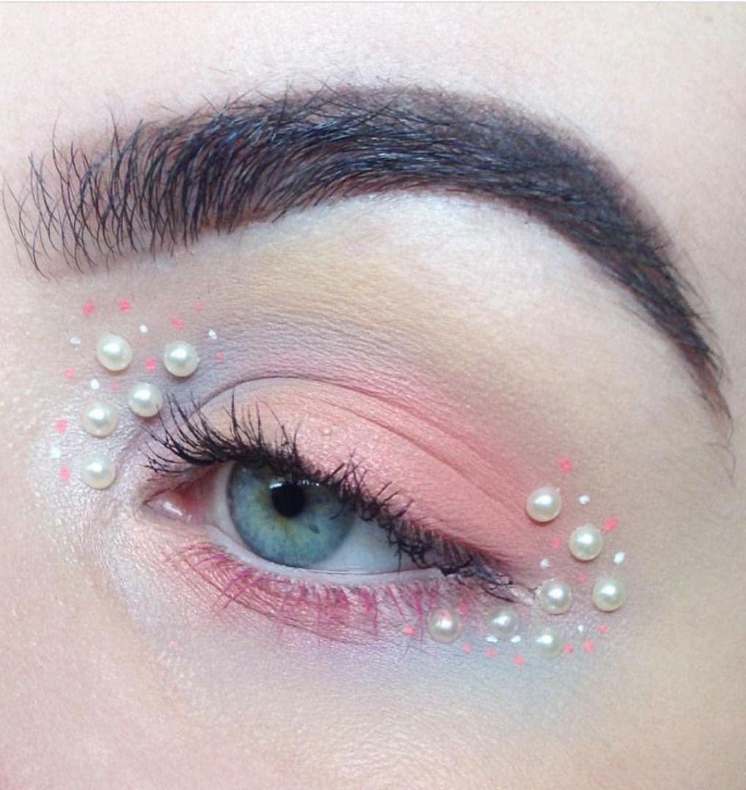 Pearl Facial Makeup Sticker