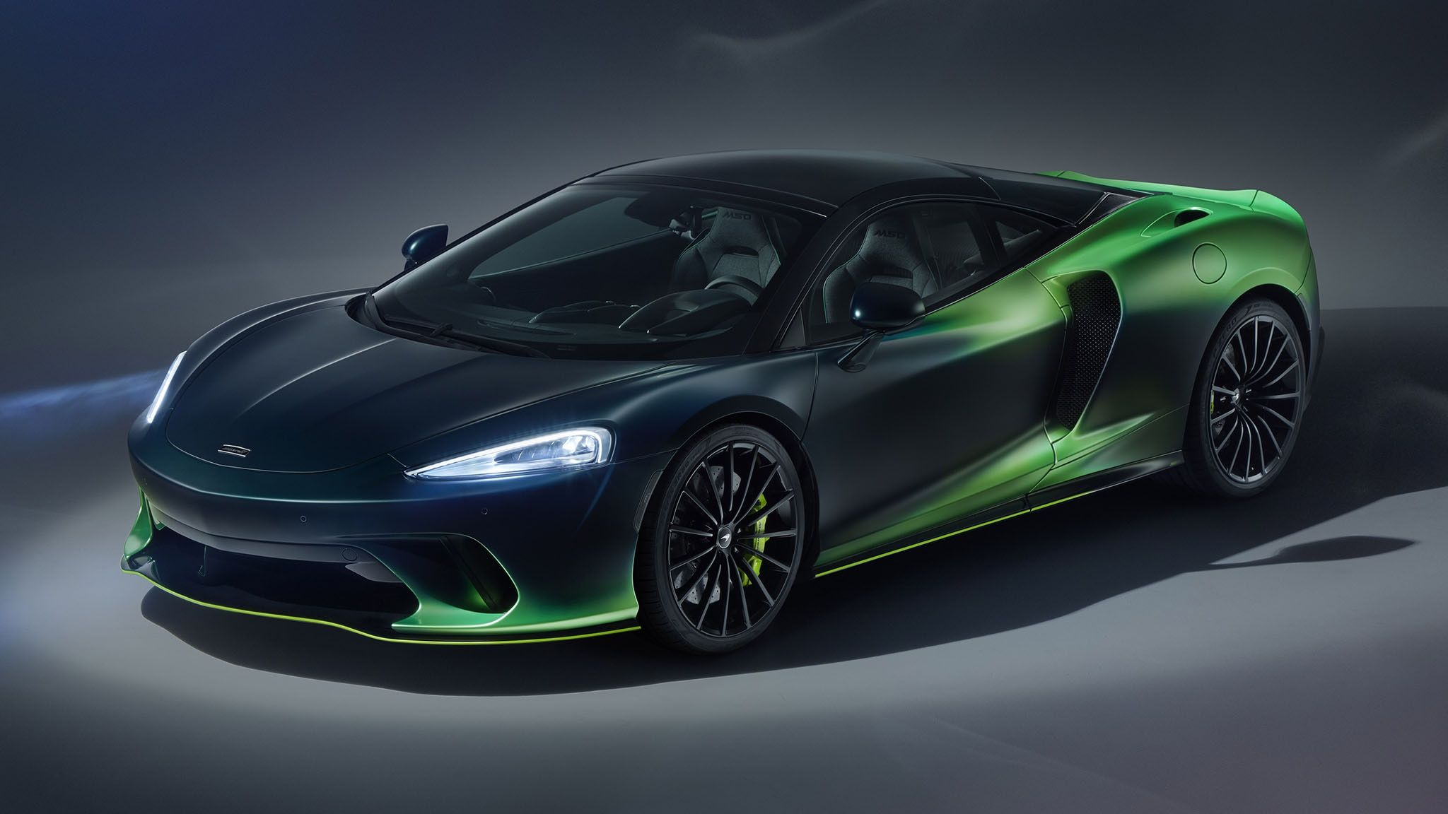 2020 Mclaren Gt Goes Green Thanks To Mclaren Special Operations In 2020 Super Cars Mclaren Geneva Motor Show