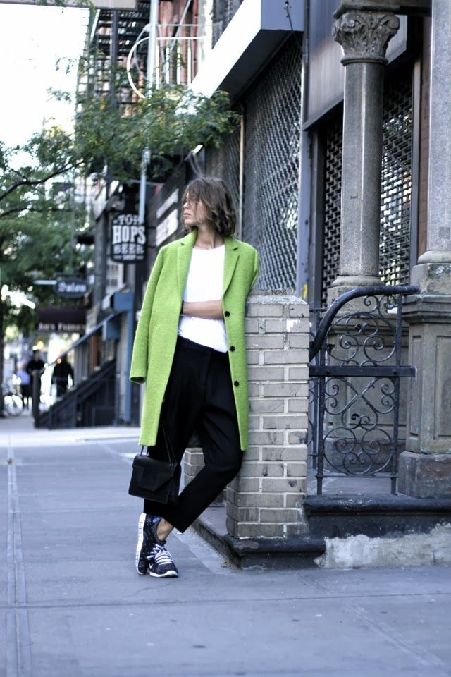 How to wear: Sneakers and colour