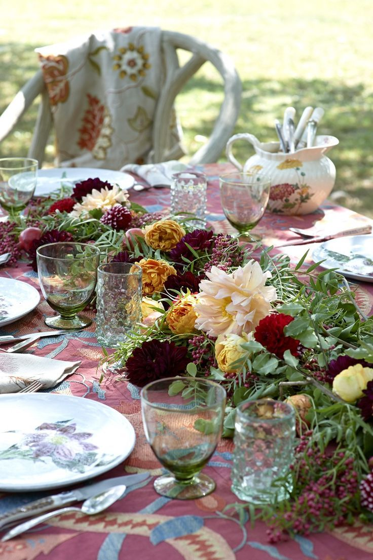 styling: a harvest table setting - Happy Thanksgiving! | Table ...