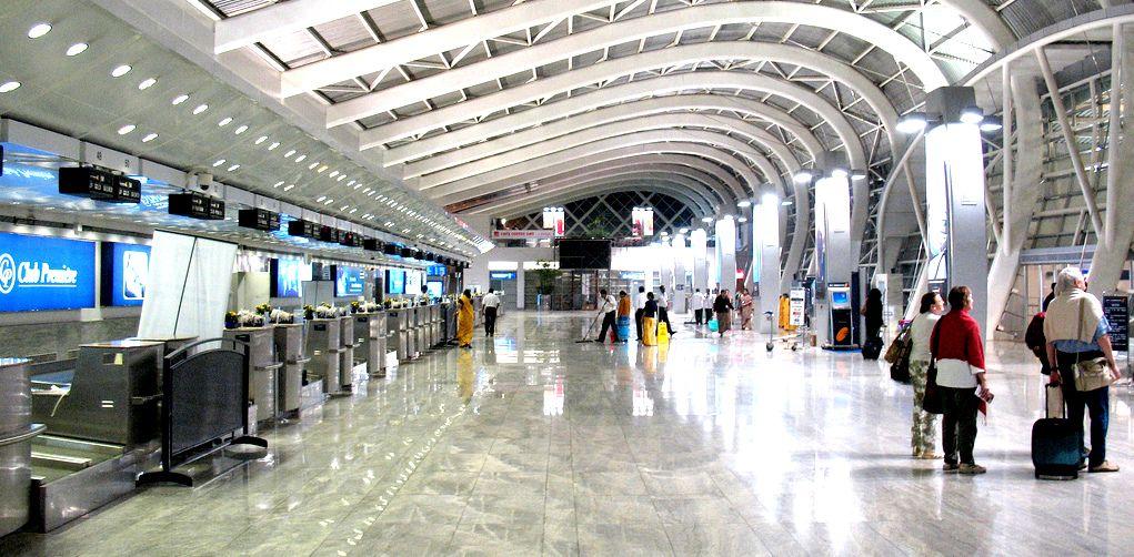 Facilities available at airports guglielmo vallecoccia