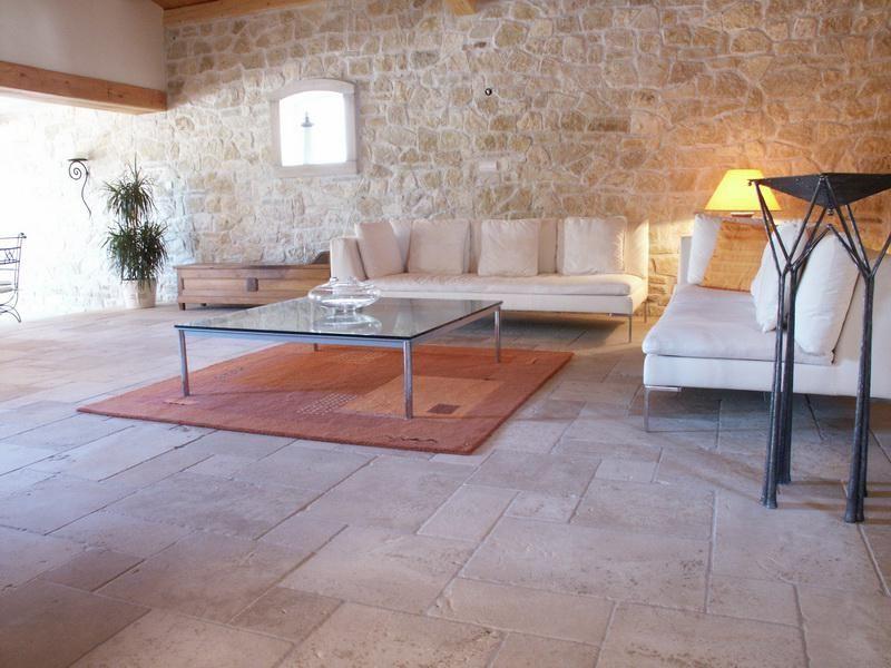 carrelage provencal | Pierre de bourgogne, Carrelage imitation pierre, Maison en pierre