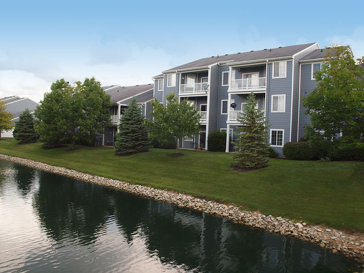 Stunning Lake View Apartments Lake View Apartments Lake Houses For Rent Vacation Homes For Rent
