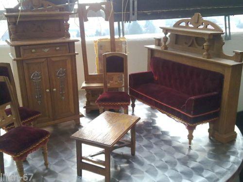 Wohnzimmer Spiegel ~ Antik spielzeug puppen wohnzimmer holz velour rot couch schrank