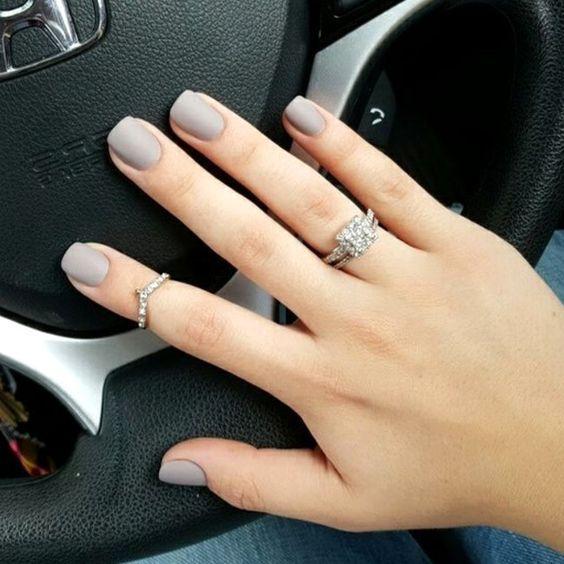 46 Elegant Matte Short Nails Design Ideas With Images Neutral Nails Gray Nails Cute Nails