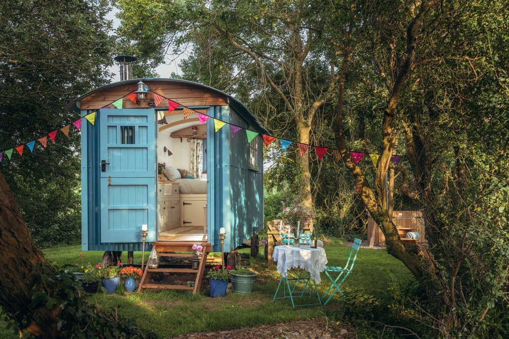 4 Alternative Airbnbs Giving Tiny Houses A Run For Their