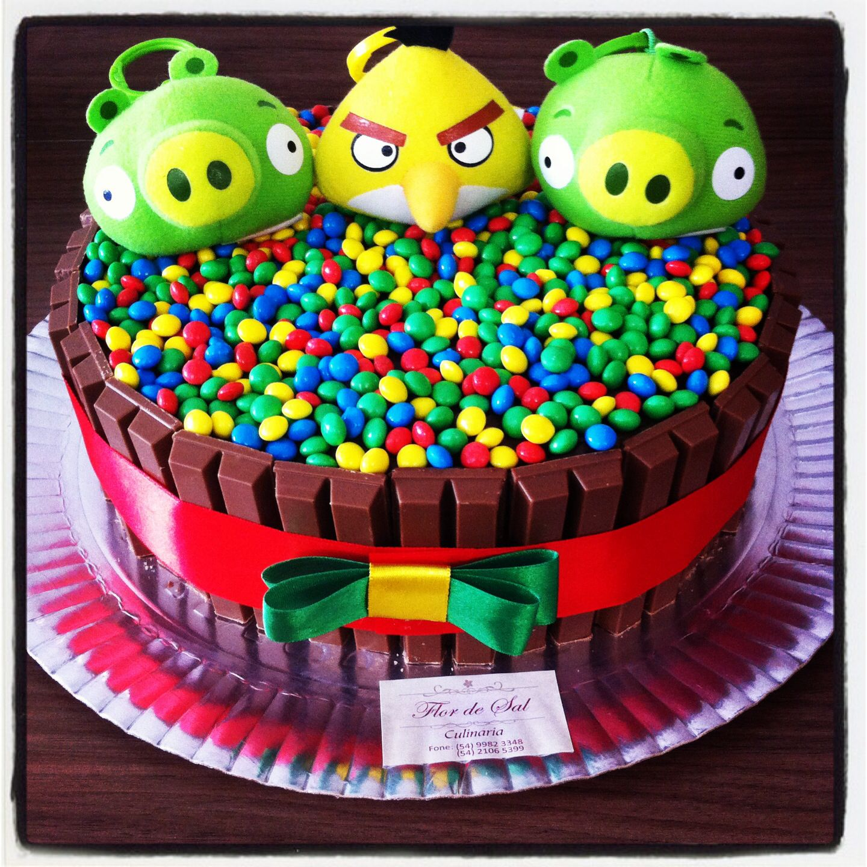 Kit kat cake Angry Birds Flor de Sal bakery Pinterest Kit kat